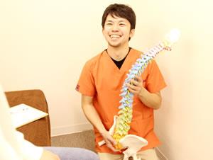 新潟市中央区つばさ整骨院・整体院の姿勢と動作分析