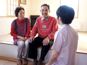 新潟市つばさ整骨院・整体院のつばさ訪問マッサージのご家族向けの施術サービス