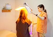 赤外線療法の様子